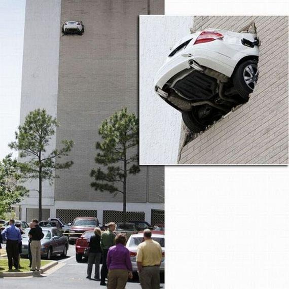 04 İnanılmaz Ve İmkansız Araba Kazaları