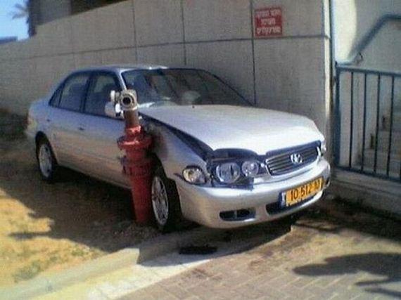 33 İnanılmaz Ve İmkansız Araba Kazaları