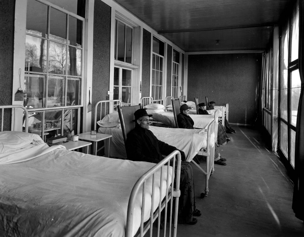 Patients-of-Waverly-Hills-Sanatorium