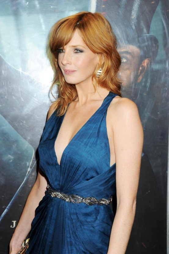 kelly-reilly-in-sherlock-holmes-game-of-shadows-large-picture-1612950921