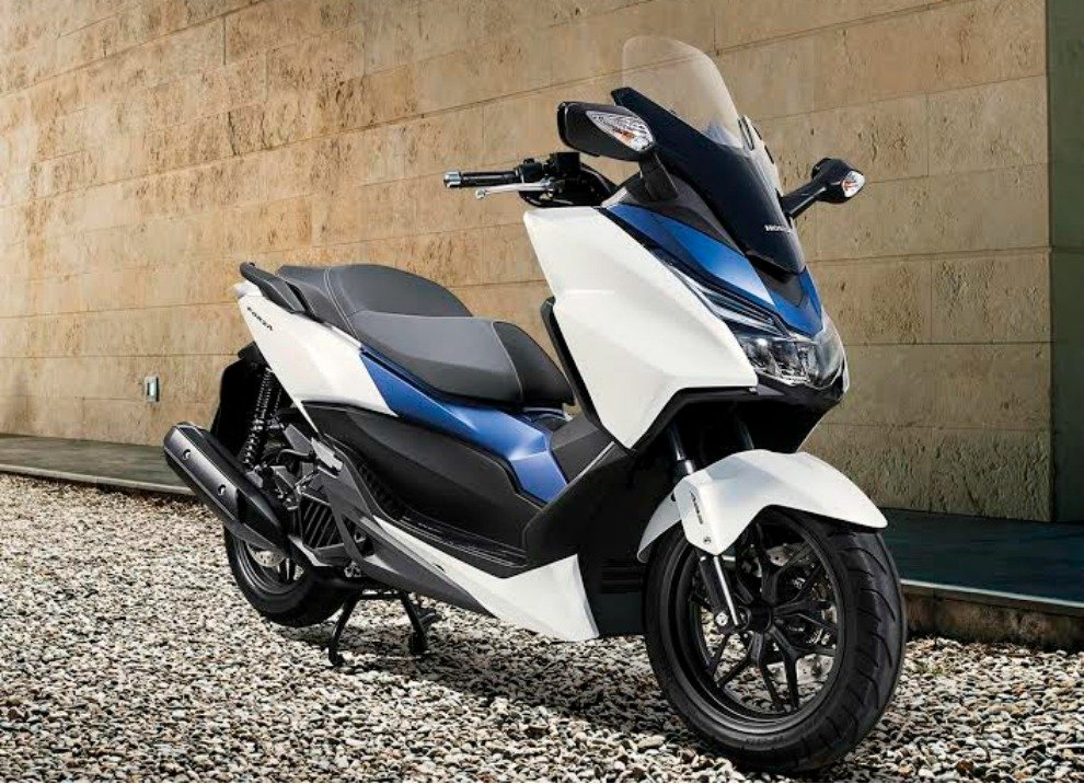 hondadan yeni scooter honda forza 125 nan lmaz net otopsi videolar resimler. Black Bedroom Furniture Sets. Home Design Ideas