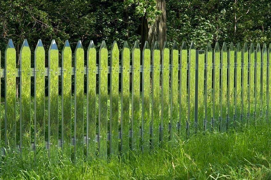 Aynalardan Bahçe Çiti, Mükemmel Görüntü