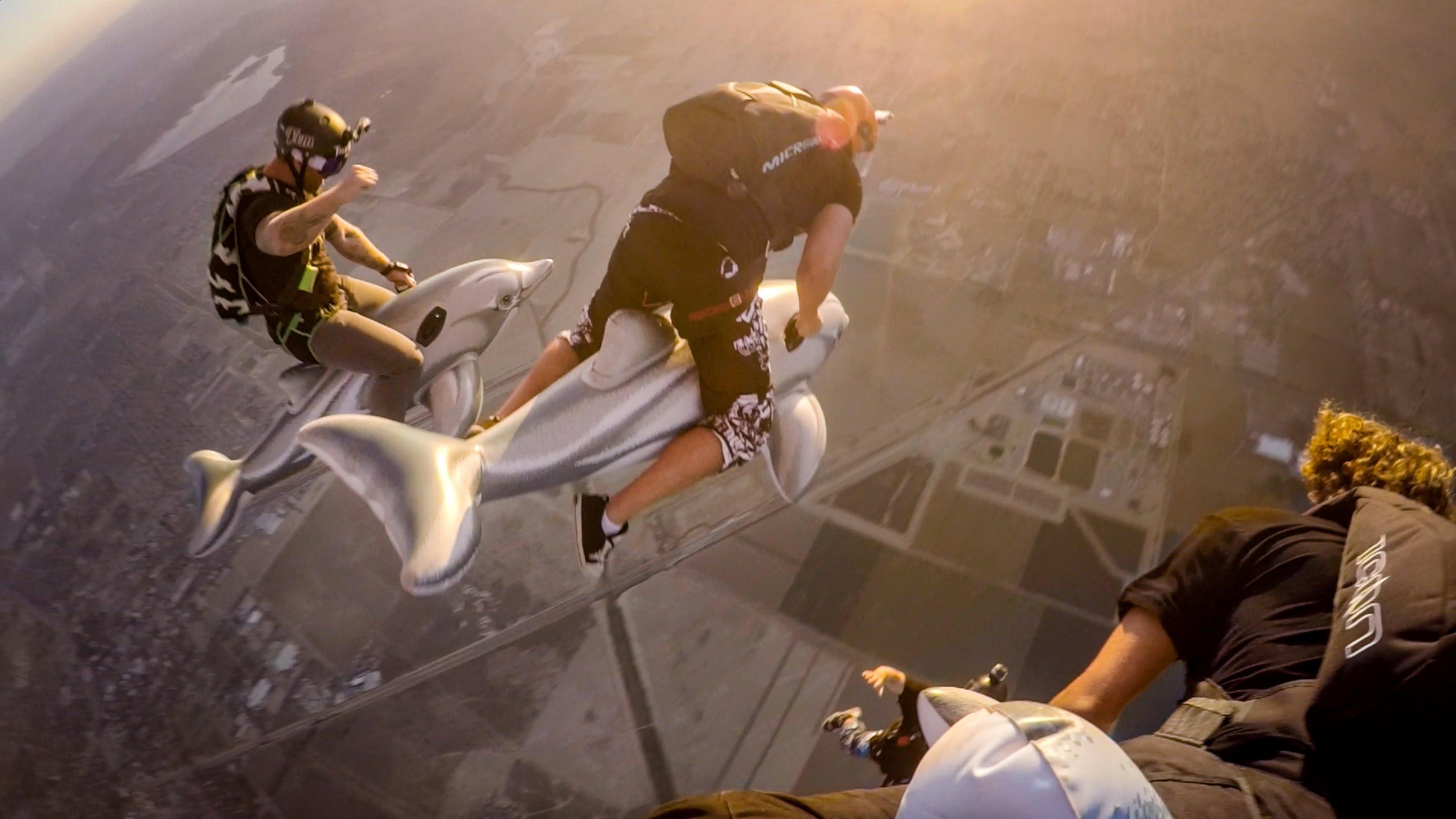 Jay Alvarrez'den İnanılmaz Hava Dalışı